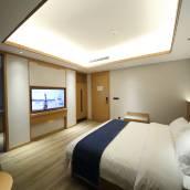 閬中聖錦酒店
