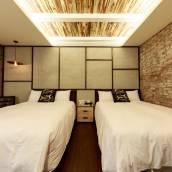 墾丁庫房301旅店