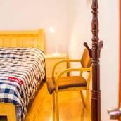 青島浪漫小屋公寓